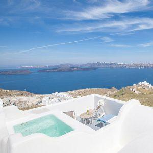 Kalestesia Suites - Elite Suite balcony with caldera views