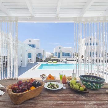 Kalestesia Suites - Pool Bar & tasty Snacks