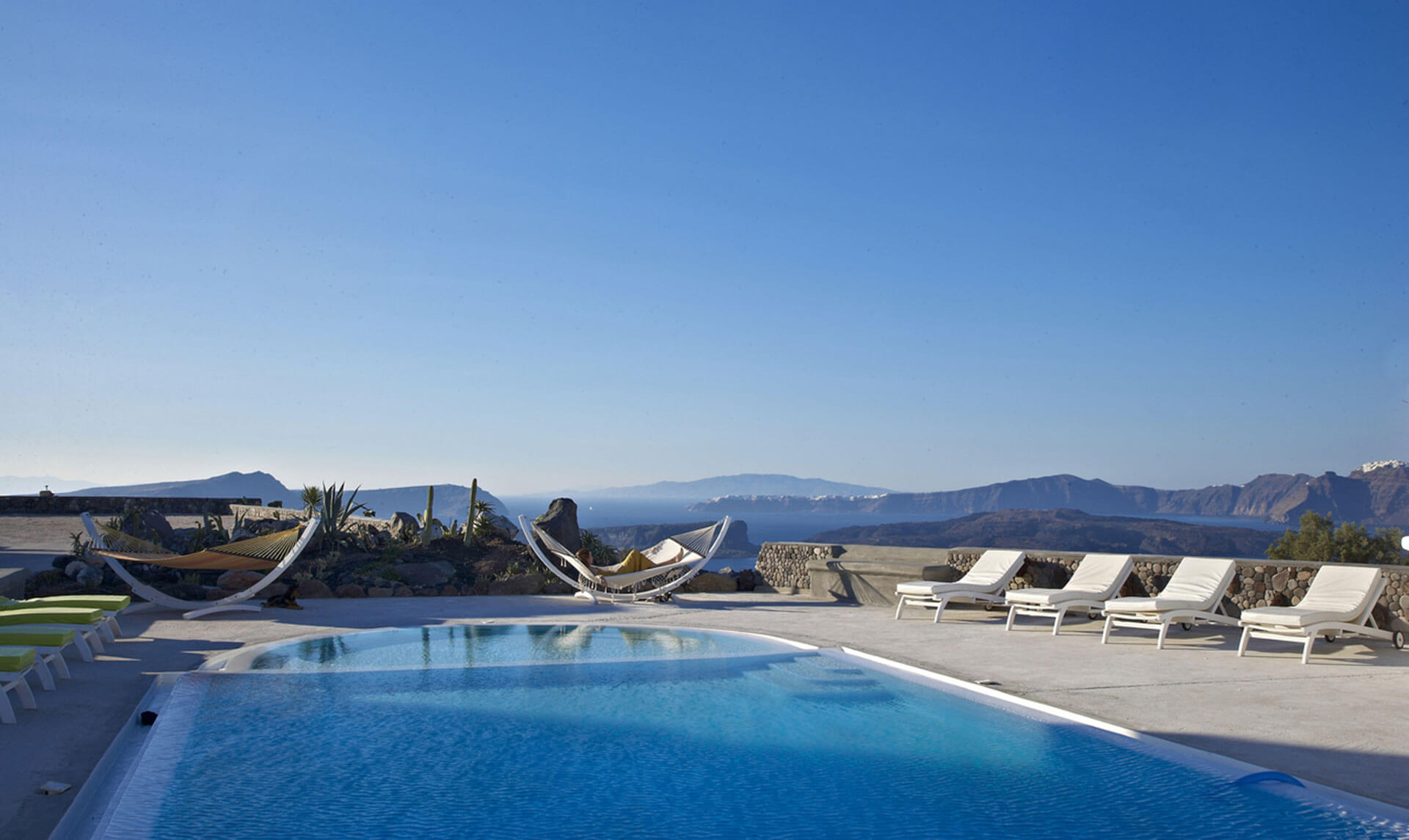 Kalestesia Suites - Panoramic caldera view from swimming pool