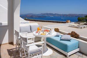 Kalestesia Suites - Private veranda with caldera views