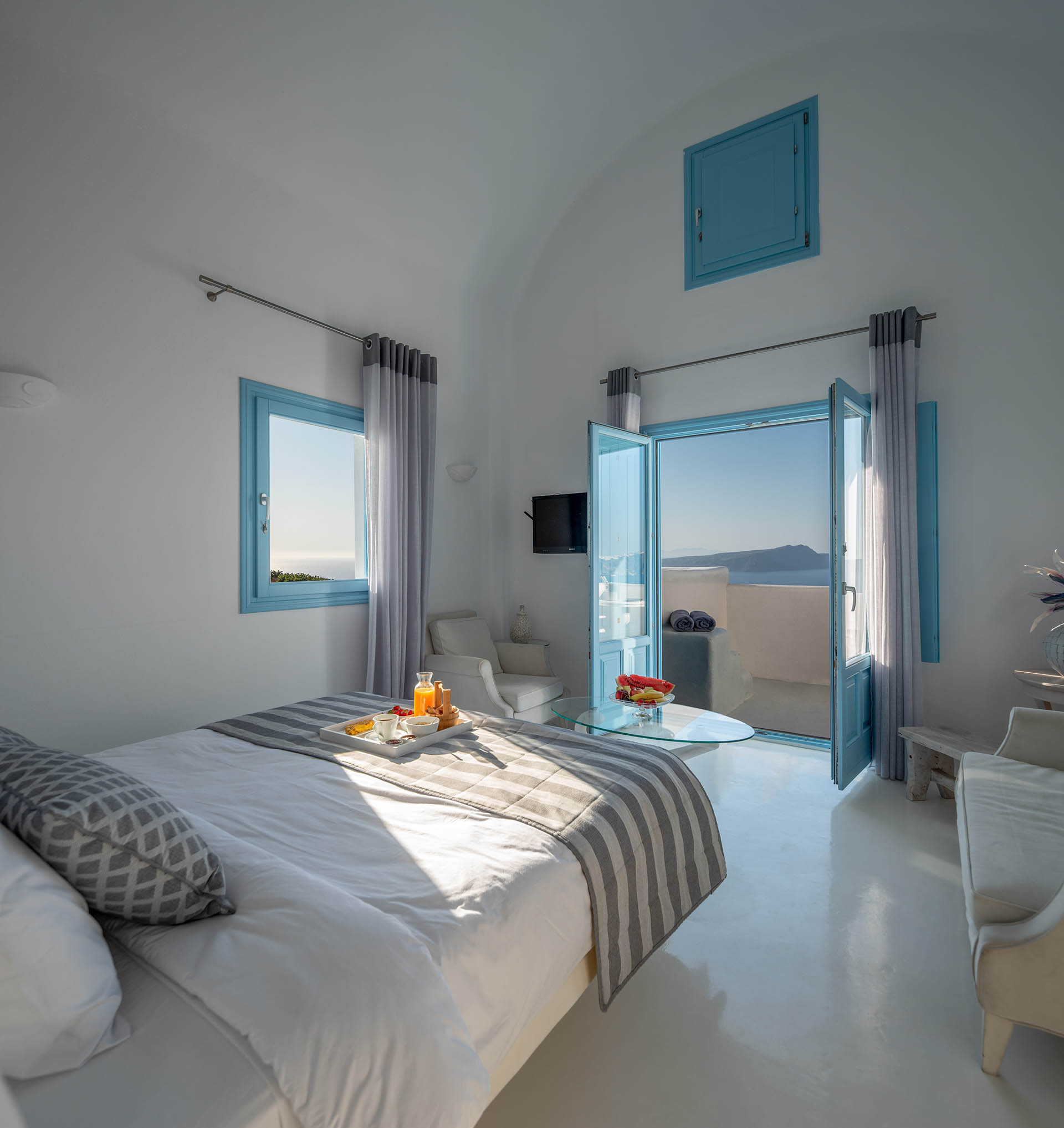 Kalestesia Suites - Elite Suite spacious bedroom