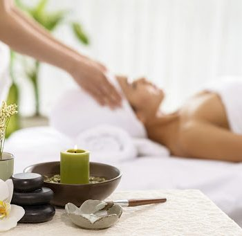 Kalestesia Suites - Spa massage treatment